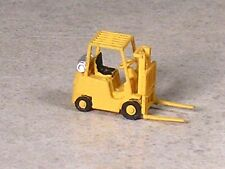 N Scale Yellow Dock Fork Lift