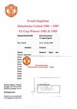 FRANK STAPLETON MANCHESTER UNITED 1981-1987 ORIGINAL HAND SIGNED CUTTING/CARD