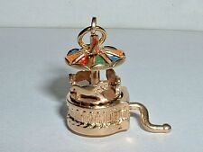 VINTAGE 14K YELLOW GOLD MOVEABLE 3D MERRY GO ROUND CAROUSEL PENDANT CHARM