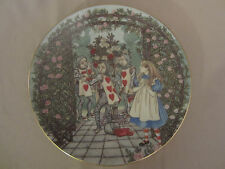 ALICE AND THE ROSES collector plate ALICE IN WONDERLAND Sandy Nightingale