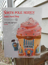 DEPT 56 NORTH POLE VILLAGE Santa's Sweet Shop YUM YUM CUPCAKES NIB
