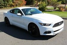 Ford: Mustang EcoBoost Cou