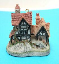 David Winter Miniature Cottage Will O' The Wisp House Christmas Ornament  T64