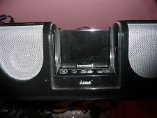 I POD APPLE DOCKING STATION WITH 2 ATTACHED SPEAKERS. USED