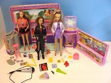 BRITNEY SPEARS (2001) CONCERT TOUR BUS Playset with Accessories & 3 DOLLS