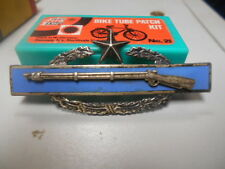 925 STERLING SILVER VINTAGE WWII BLUE RIFLE WREATH LONG PIN AWARD MEDAL-star