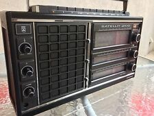 Very nice Vintage GRUNDIG SATELLIT 2100 AM FM SW Pro Radio- See Video!