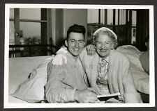 1953 Photo Returned 1st Marine Division POW PFC Hart + General Clark's Wife