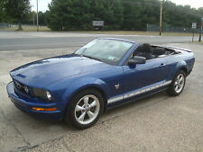 Ford: Mustang V6 Convertible Salvage Rebuildable Repairable