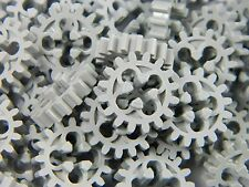 LEGO Technic cogs gears (x 25 pieces) light grey 16 tooth bevel