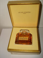 Vintage Perfume Parfum JOY DE JEAN PATOU Paris 30ml / 1Fl Original Box France