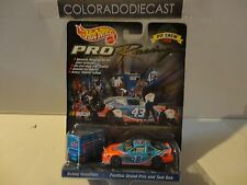 Hot Wheels Nascar 1998 Pro Racing Pit Crew Bobby Hamilton Set