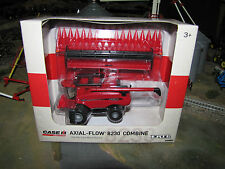 1/64 Ertl Case IH 8230 Combine w/ Duals & Both Heads