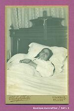 CDV CABINET à CLICHY : POST-MORTEM, FEMME SUR SON LIT DE MORT VERS 1890 -L2