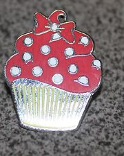 DISNEY PIN MINNIE MOUSE CUPCAKE YELLOW WRAPPER RED FROSTING WHITE SPRINKLES