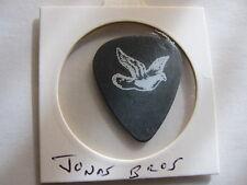 JONAS BROTHERS Guitar pick Kevin Jonas 2013