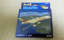 NEW MODEL REVELL MINI-KIT 06709 A-380 AIRBUS SNAP TOGETHER KIT- NEW- W59
