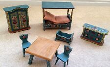 VINTAGE 7 PIECE DORA KUHN DOLL HOUSE FURNITURE AND FAMILY OF 5 DOLLS