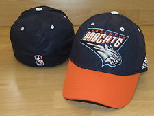 CHARLOTTE BOBCATS TEAM ADIDAS FLEX FITTED CAP HAT SIZE S/M - COURTSIDE