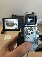 SONY HANDYCAM DCR-PC105E CAMCORDER MINI DV DIGITAL TAPE VIDEO CAMERA