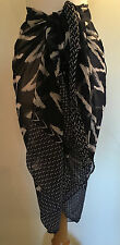 "NEW Pia Rossini ""Ravenna"" Zigzag Print Navy Blue Sarong Bikini Cover Up One Size"