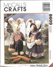 """8609 UNCUT Vintage McCalls Sewing Pattern 18"""" Bunnies and Clothes Easter OOP NEW"""