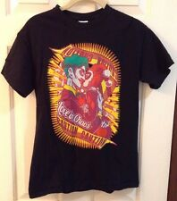 """Harley Quinn and the Joker Kissing Shirt """"Love in Chaos"""" Caution Size SMALL"""