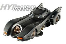 1:18 HOT WHEELS ELITE 1992 BATMAN RETURNS BATMOBILE  MICHAEL KEATON BLY24