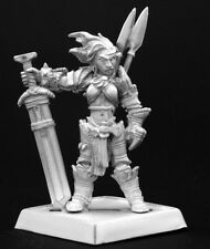 AMIRI BARBARE ICONIC  - PATHFINDER REAPER miniature jdr rpg barbarian 60003