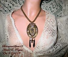 VINTAGE BRASS CAMEO RELIF FRAME ART NOUVEAU STYLE BOOKCHAIN ARTISAN NECKLACE