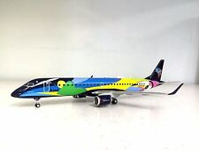 HERPA WINGS 1:200 EMBRAER E-195 AZUL PR-AXH, 'VERAO AZUL' (PLASTIC, with stand)