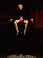 David Duchovny and Gillian Anderson UNSIGNED photo - B750 - The X-Files