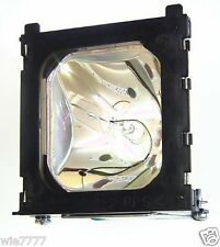 HITACHI CP-S830 Projector Lamp with Ushio NSH bulb inside DT00171