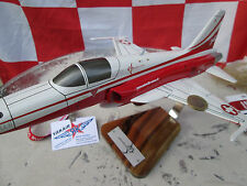F-5E Tiger II Patrouille Suisse Woodmodel 1:35 / Aircraft / Avion / YakAir