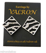 BLACK AND SILVER DIAGONAL STUD EARRING
