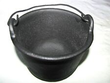 ANTIQUE MINI HANGING COWBOY CAMP FIRE CAST IRON KETTLE COOK SAUCE GREASE POT