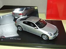 NISSAN SKYLINE V36 COUPE Gris J-COLLECTION 1:43