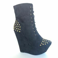 FHR Rhapsodielle Womens Studded Black Wedge Boots Size 6.5 Booties Pumps Shoes