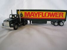 Winross 1993 MAYFLOWER Kenworth T800 with Tool Box Cargo Truck