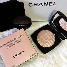 ✨AUTHENTIC✨ Chanel Plisse Lumiere De Chanel Illuminating Powder / Highlighter