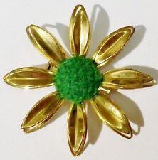 broche bijou rétro relief fleur centre laine vert bijou vintage couleur or 5151