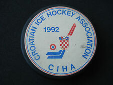"Hockey Club, Team ""Mladost"" - Zagreb, puck, Federation cup, 1995; Croatia, KHL"