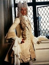 Hugh Fraser UNSIGNED photo - H6010 - The Draughtsman's Contract