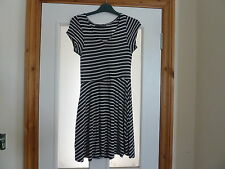 Navy And Cream Stripe Skater Style Dress Size 10