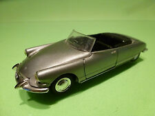 NOREV 88 CITROEN DS 19 CABRIOLET 1963 - CHAMPAGNE 1:43 - VERY GOOD