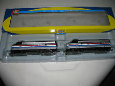 Athearn HO scale - #8026 F7A & F7A Amtrak #485 & #487 Set