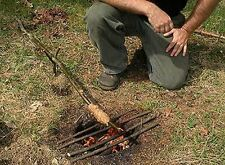 215 Books CD ROM Outdoor Wilderness Survival Kit Log Cabin Tools Shelter Gears
