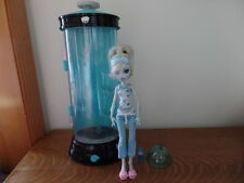 Monster High Lagoona Blue Dead Tired Hydration Station