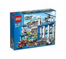 LEGO CITY 60047 Legos Set Police Station NEW 854 pcs Jail Truck Motorcycle Car