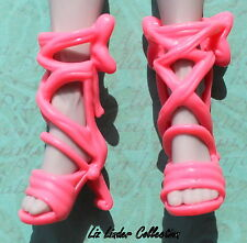 MONSTER HIGH ~ Mouscedes King Boo York Monsteriffic Musical Mouse CORAL SHOES